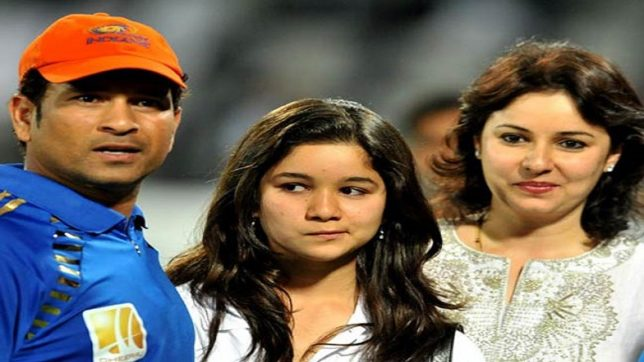 Accused who texted lewd massages to Sara Tendulkar put behind bars