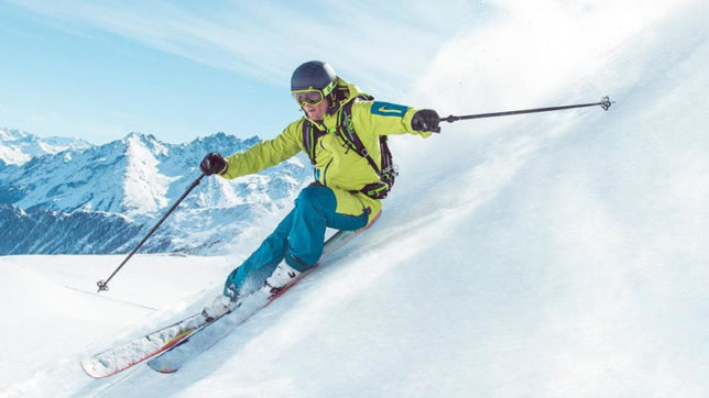 Snowless slopes obstruct skiing in Himachal Pradesh this year