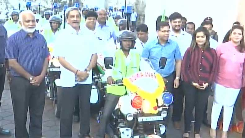 bike ambulance, bike ambulance in goa, goa bike ambulance, ambulance in goa, fast ambulance in goa, medical emergency in goa, goa government, manohar parrikar
