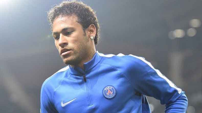 Neymar plays down Real Madrid transfer rumours, insists he is happy in Paris