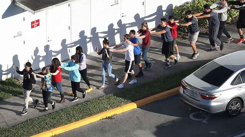Florida school shooting, florida, USA, Florida shooting, Marjory Stoneman Douglas High School, Swat, Fort Lauderdale, Donald Trump, America school shooting, world news, florida news, florida shooting news