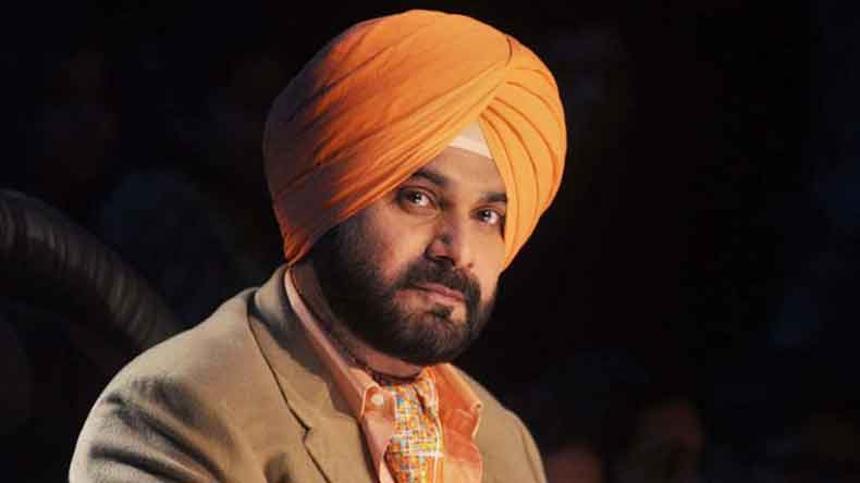 Bajrang Dal declares 5 lakh reward for Navjot Singh Sidhu's head