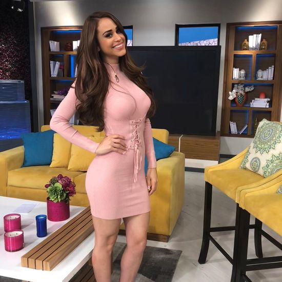 Yanet Garcia Photos 35 Hot, Sexy And Most Beautiful Photos Of Yanet Garcia - Newsx-6847