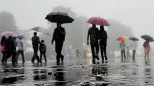 Fingers crossed! Skymet predicts normal monsoon in 2018, southern India to get less rain