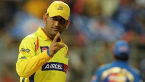 Watch: Fan touches his god Dhoni's feet as he walks into bat in CSK vs RR match