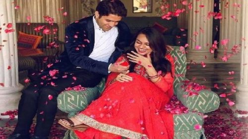 2015 UPSC topper Tina Dabi finally weds second topper Athar Aamir Ul Shafi Khan in Jammu and Kashmir