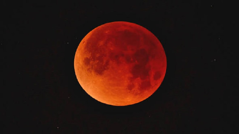 Lunar Eclipse 2018, When is lunar eclipse visible in India, When is Blood Moon visible in India, Total Lunar eclipse time and place, total lunar eclipse, lunar eclipse India, Longest lunar eclipse of the century, Blood Moon India