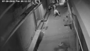 Delhi thief, robbery, watch video, cctv videos, thief dancing cctv videos, cctv thief dancing footage, delhi thief dancing video footage viral