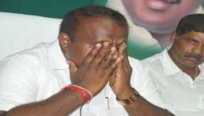 Emotional Kumaraswamy says he is unhappy being the CM of a coalition govt