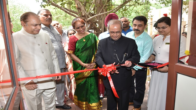 Janki Devi Memorial College,Former President of India,Pranab Mukherjee,Yogesh Tyagi,Vice Chancellor,University of Delhi,Dr Swati Pal, Principal,Janki Devi Memorial College