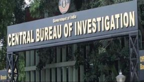 Supreme Court declines urgent hearing on plea by transferred CBI officer who was probing case against Rakesh Asthana