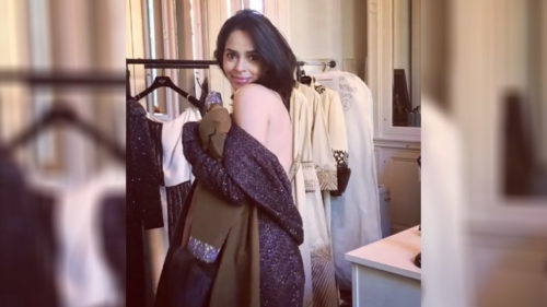 Mallika Sherawat looks sensuous in this backless gown, watch video