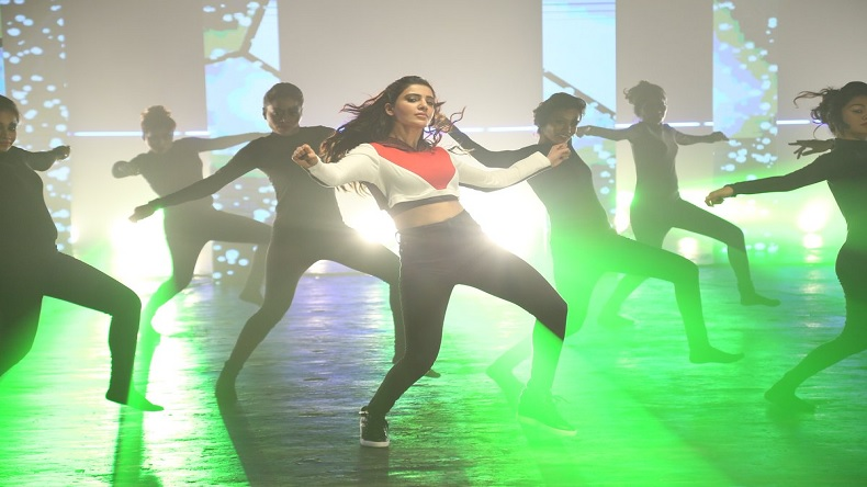 Samantha Akkineni dances on this peppy songtrack of U Turn