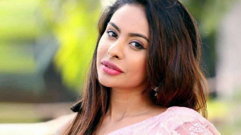 MeToo movement: Tollywood actor Sri Reddy accuses TRS Leader Jeevan Reddy of sexual misconduct