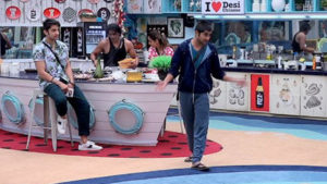 Bigg Boss 12 Day 68 Episode 69 November 23 2018 written updates, Bigg Boss 12 Day 68 Episode 69 November 23 2018 highlights, Deepak Thakur, Megha Dhade, bigg boss 12, bigg boss 12 weekend ka vaar, salman khan, salman, salman bigg boss 12, sreesanth, dipika kakar, salman khan dipika kakar, surbhi rana, romil Choudhary, Bigg Boss 12 latest news, Bigg Boss 12 latest episode, Bigg Boss 12 episode, bigg boss 12 eviction, bigg boss 12 elimination.