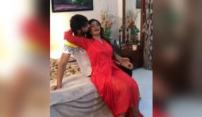 Bhojpuri sensation Poonam Dubey slips during shooting for a bold scene, watch video