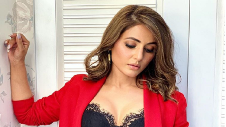 Hina Khan Is Xmas Ready In This Sexy Photo Newsx