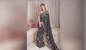 Mouni Roy stuns in a sexy black saree, see pic