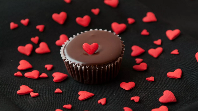 Download Happy Chocolate Day 2019 stickers, wallpapers, images and photos for WhatsApp, Facebook and Instagram for Lovers