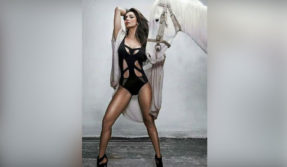 Malaika Arora monokini photo: Chaiyya Chaiyya star sizzles in black
