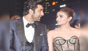 Filmfare Awards 2019: Neetu Kapoor showers love on Alia Bhatt and Ranbir Kapoor, see pics