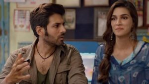 Kriti Sanon, Luka Chuppi, Kriti Sanon dances, Aao Kabhi Haveli Pe song online, Mein Tera boyfriend song online, Sweety Tera drama song online, Luka Chuppi box office collection,