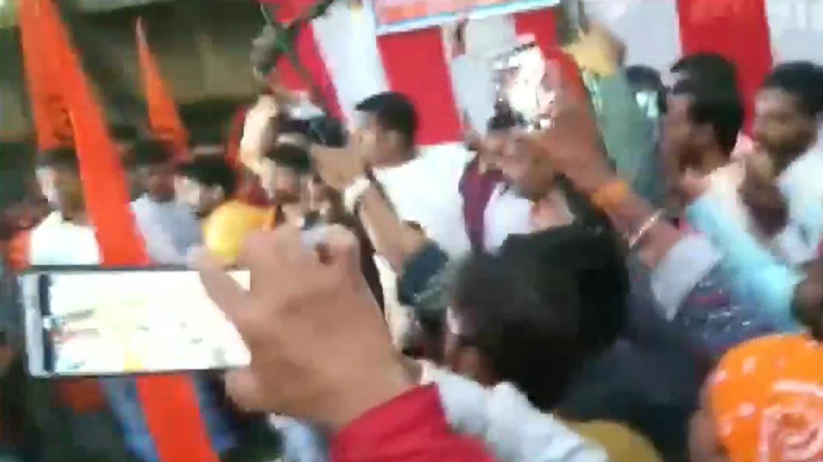 Madhya Pradesh Police book 150 people after celebratory firing by VHP, Bajrang Dal supporters at Gwalior school during Shastra Puja